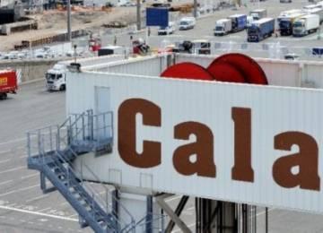 """FROET požaduje důrazná opaření proti """"beztrestnosti"""" přistěhovalecké mafie na hranicích Calais"""