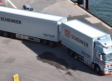 Vozový park Deutsche Bahn s  34 600 nákladními vozidly proti 2 700 nákladním vlakům