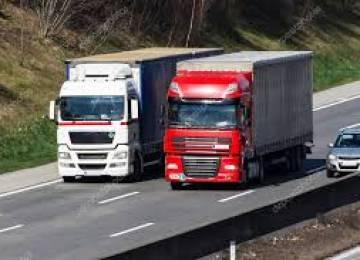 Výkony českých kamionů klesají, ztrácejí v mezinárodní dopravě i na tuzemských dálnicích